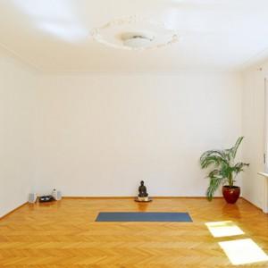 monsoon-yoga-slide1